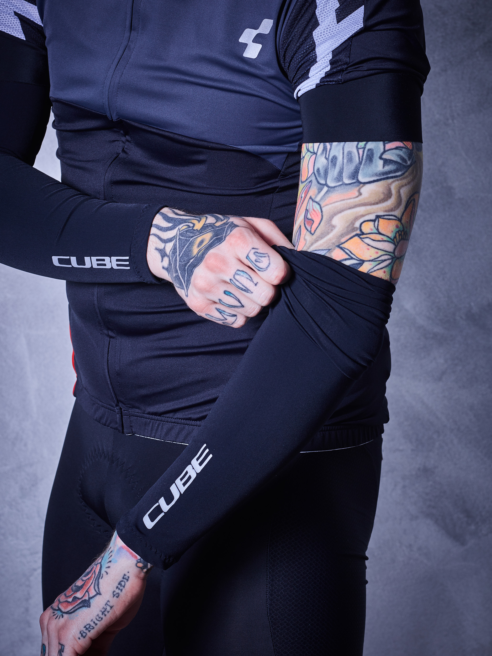 Navlake za ruke Cube BLACKLINE Black 10973