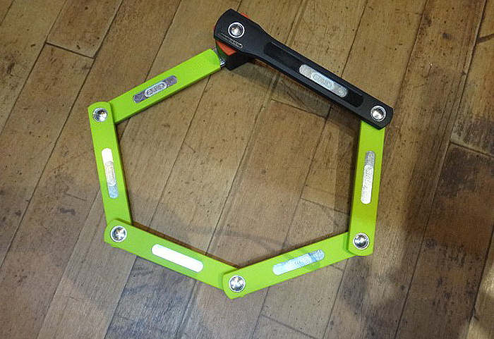 Lokot na ključ Abus BORDO U-Grip 5700/80 Lime